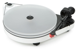 Pro-Ject RPM5 Carbon, pianovit skivspelare med MC Quintet Red