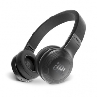 JBL E45BT on-ear hörlur med Bluetooth, svart
