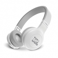 JBL E45BT on-ear hörlur med Bluetooth, vit