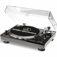 Audio Technica AT-LP120USB HC skivspelare med digitalisering, pianosvart